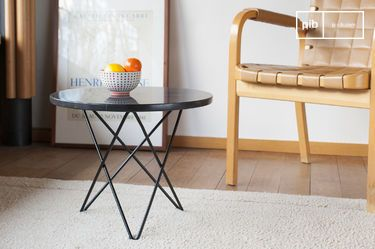 Table d'appoint en marbre noir Aouthenn