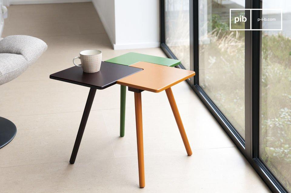 La table d\'appoint Tridy est un petit meuble plein de fantaisie qui apportera à votre intérieur une touche de couleur aux accents nordiques