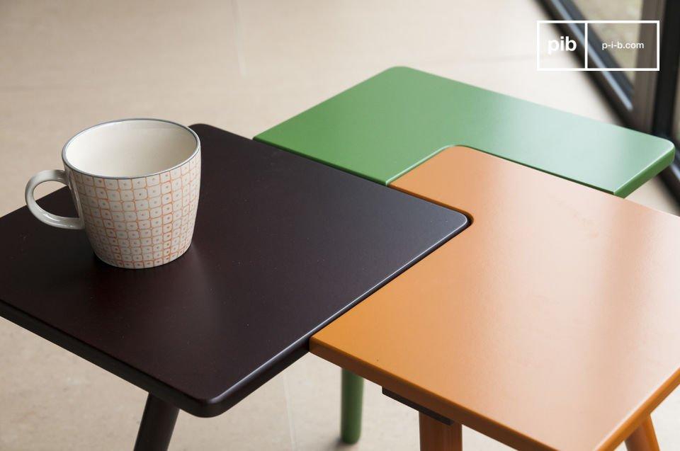 La table d\'appoint Tridy est un petit meuble plein de fantaisie qui apportera à votre intérieur