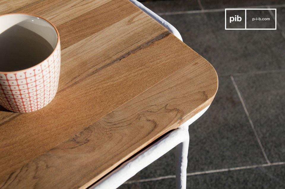 Table scandinave de style vintage