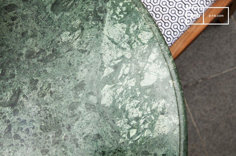 Table de style scandinave idéal pour la salle à manger