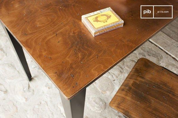 Table Doinel detail