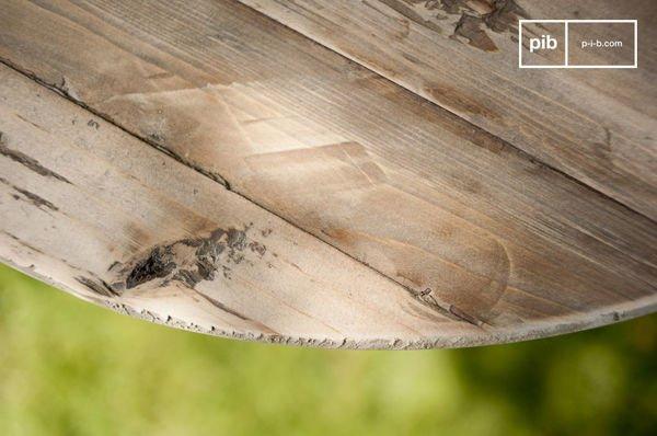 Table en bois ancien