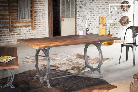 Table en teck ancien Tonnel