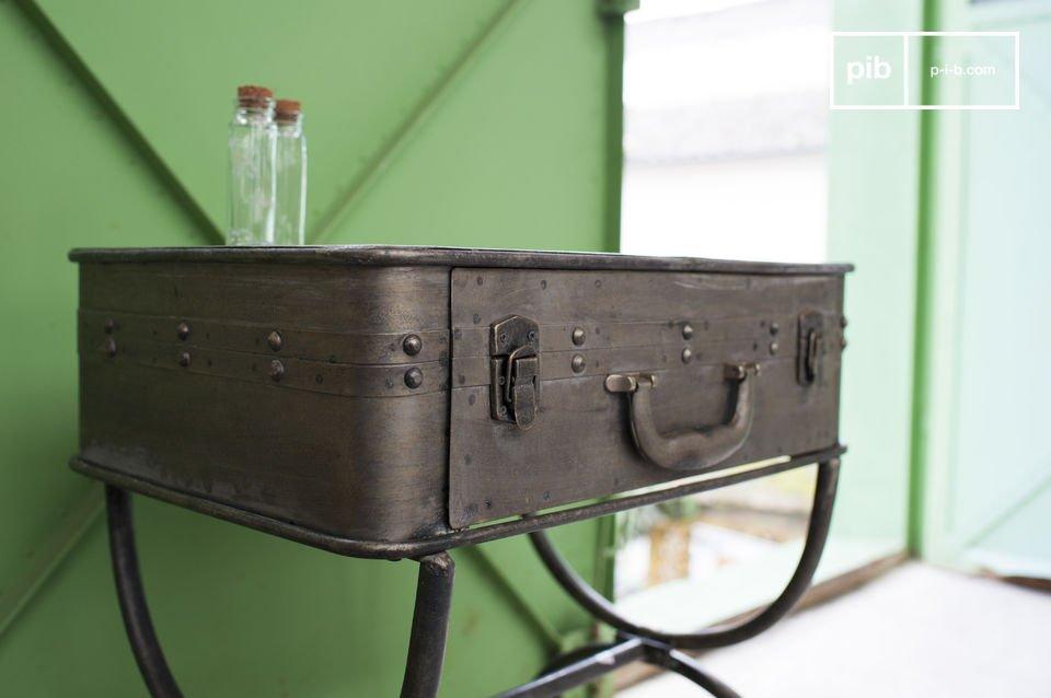 Un meube 100% métal, ludique et hors du commun