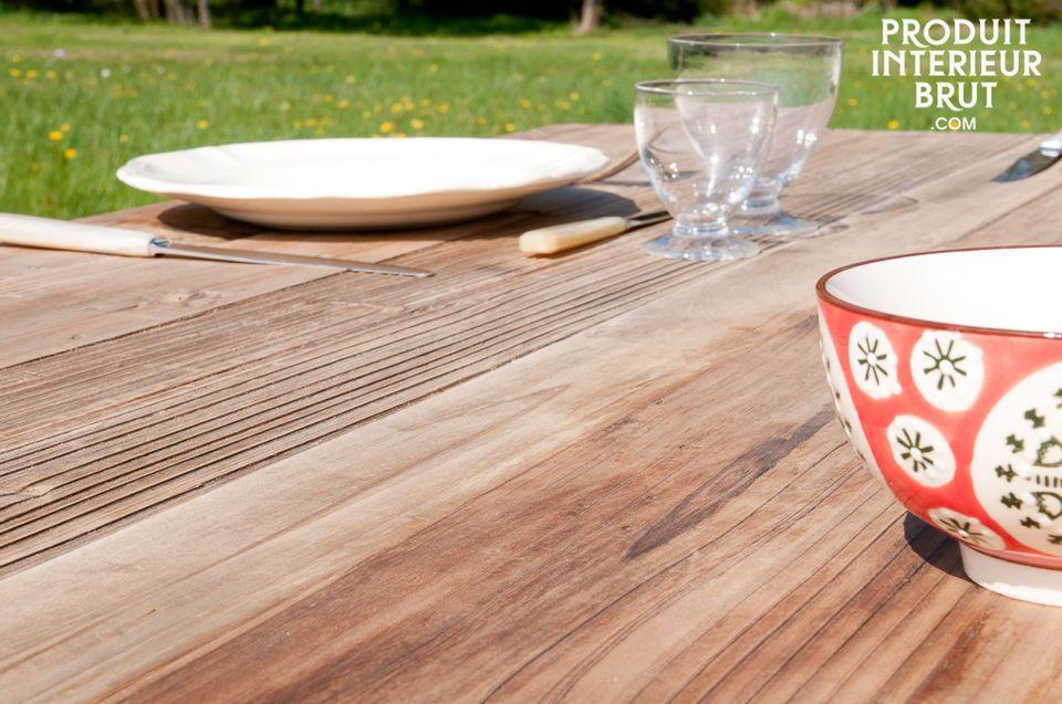 Optez pour une table de caractère, type meuble loft, à la fois pratique et esthétique