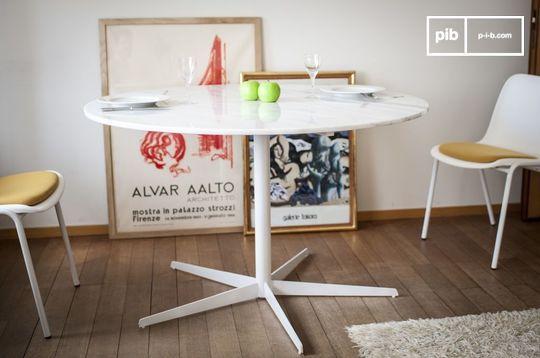 Table ronde en marbre blanc Lemvig