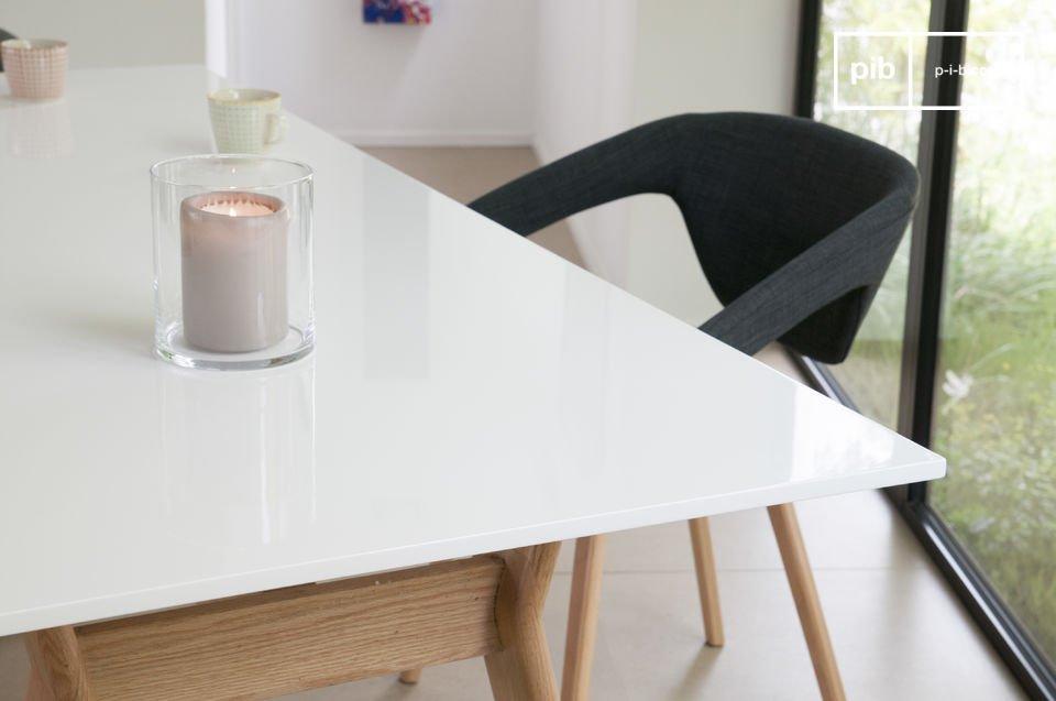 Table design de style scandinave