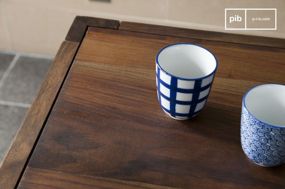 La table scandinave Kitell est une table scandinave de repas qui apportera à votre salle à manger