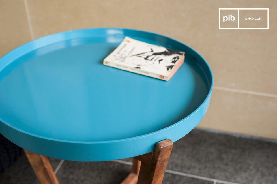 Pour renforcer son style issu des années 50, cette table peut être associée à la table d\'appoint Stockholm pour constituer une belle table basse modulable