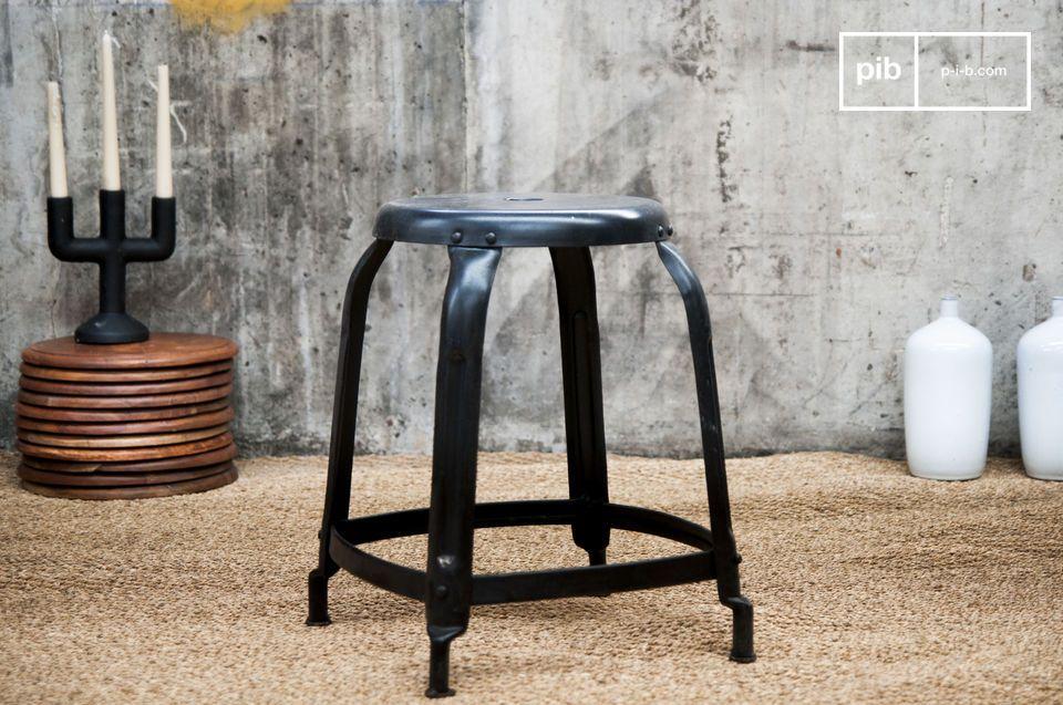 tabouret d 39 atelier rivets noir look 100 industriel pib. Black Bedroom Furniture Sets. Home Design Ideas
