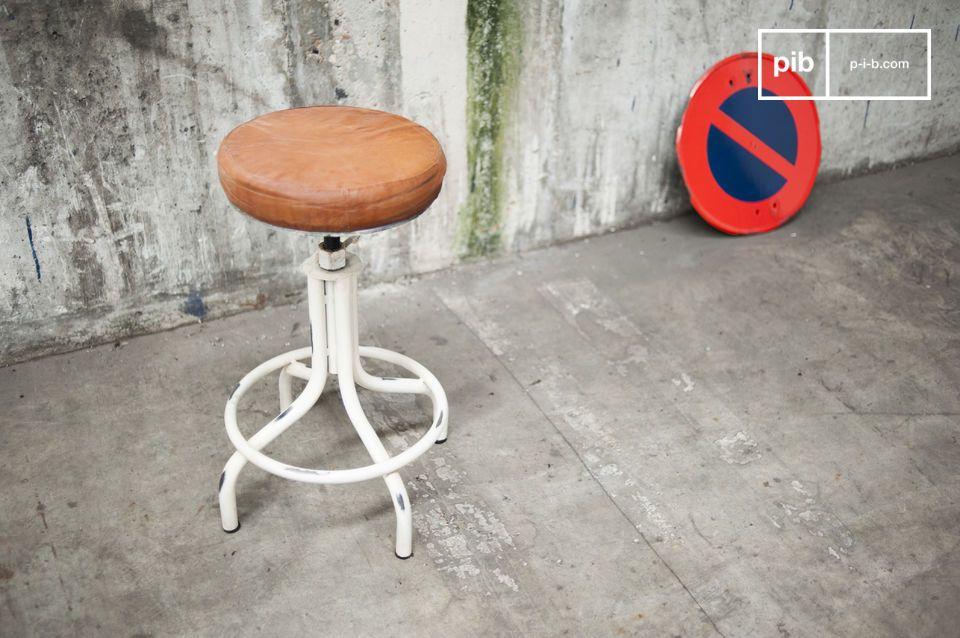 Hauteur réglable et confort d'une assise rembourrée
