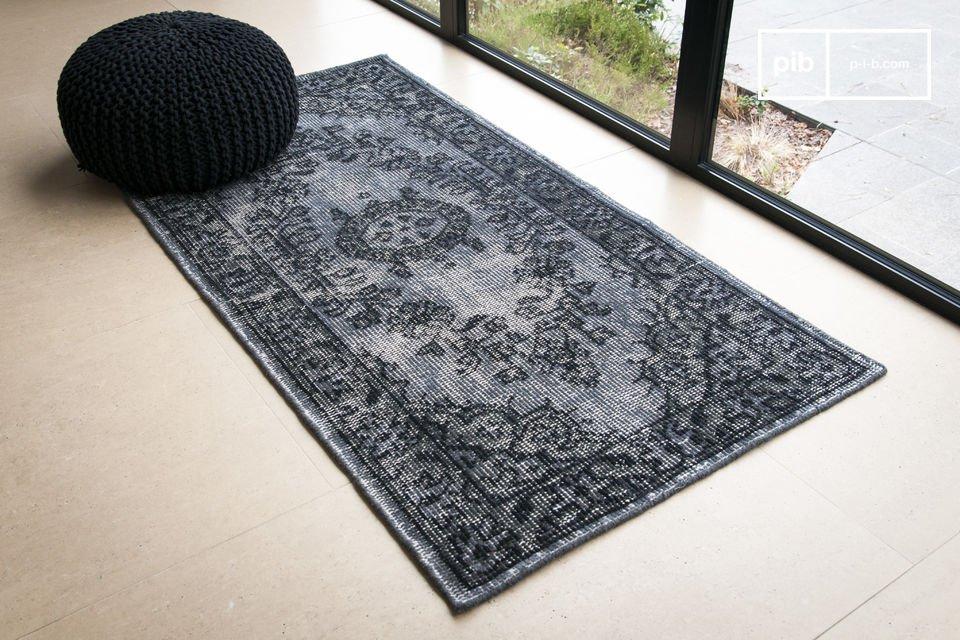 Réalisé en laine légèrement délavée pour atteindre ce bel effet vieilli, le tapis Wexford sera l\'élément déco et de confort idéal pour tout intérieur