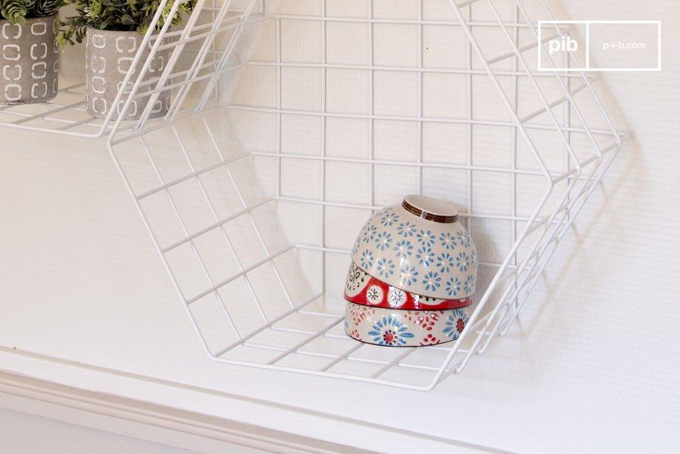 Une étagère idéale pour mettre en valeur de jolis objets