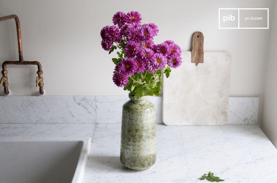 Un vase décoratif résolument vintage